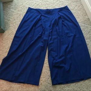 NWT LANE BRYANT WIDE LEG CROP PANTS - ROYAL BLUE